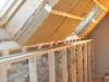 Panneaux de fibre de bois sous rampants (30 cm) et en doublage des murs