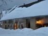 Façade sud du Gîte La Couve en hiver