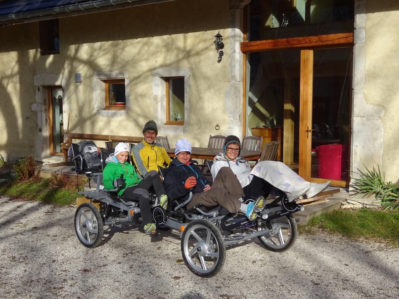 Quattrocycle devant La Couve